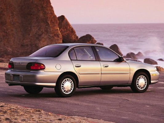 2002 chevy malibu ls tire size